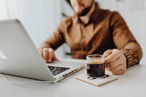Você é um empreendedor novato? Dicas financeiras para aumentar a lucratividade do seu negócio (Foto de Karolina Grabowska no Pexels)