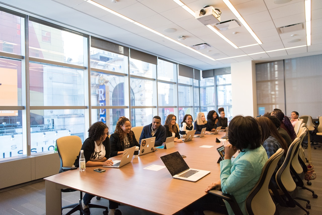 Conheça as empresas que se destacaram em seu ramo de atuação em 2020 (Foto de Christina Morillo no Pexels)